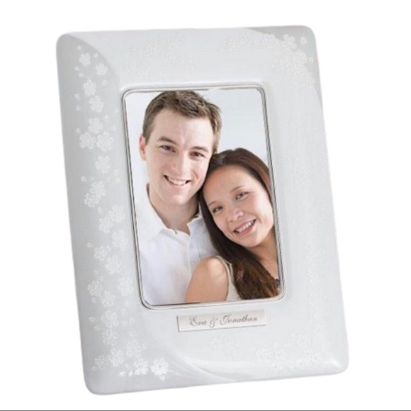 Bellina Gold Lenox Picture Frame.